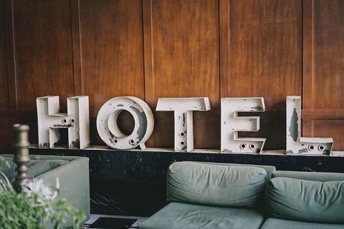 wyposażenie hotelu - meble hotelowe